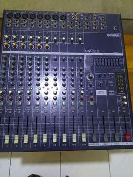 Power mixer yamaha emx5014c  1000 watt kondisi normal