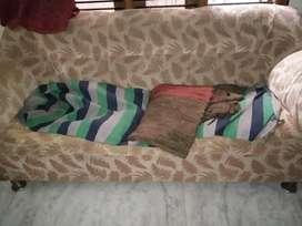Shamala is selling sofa