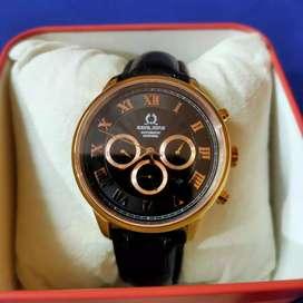 Jam tangan pria SOLVIL et TITUS