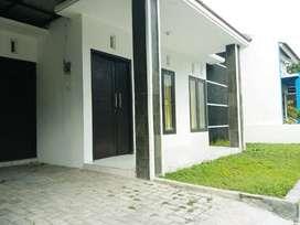 Disewakan: Rumah di Lempongsari Residence