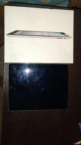 Apple Ipad (32gb)- 3G + wifi