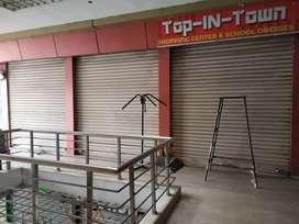 3 shop in gandhi colony
