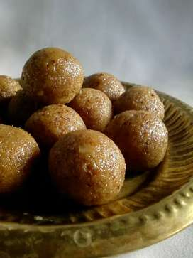 Tasty Coconut Laddu
