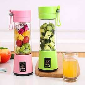 Mini Electric Juice Cup Portable Juicer Cup USB Charging Juice Extract