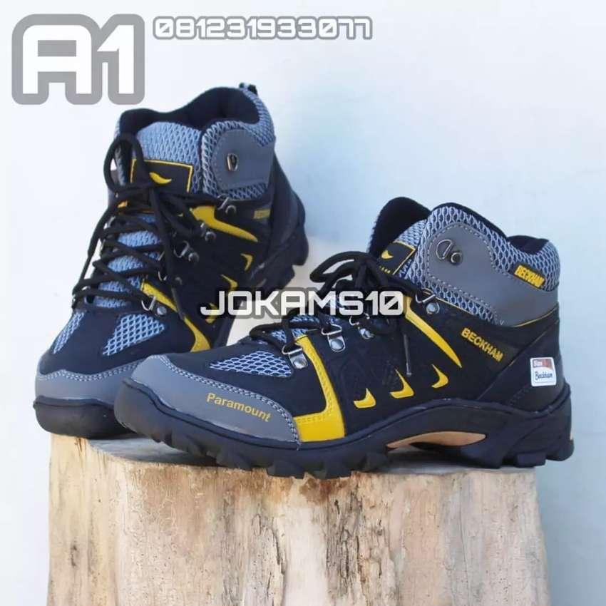 (BISA BAYAR DITEMPAT) Sepatu Gunung, Sepatu Boots, Sepatu Gowes 0