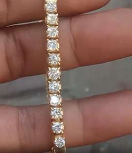 Gelas emas berlian
