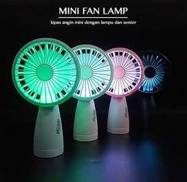 Kipas Angin Mini Dengan LED dan Senter