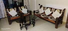 Sofa set with teapoy