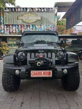 Jeep Wrangler Rubicon COD MW3 special edition 3.6 pentastar