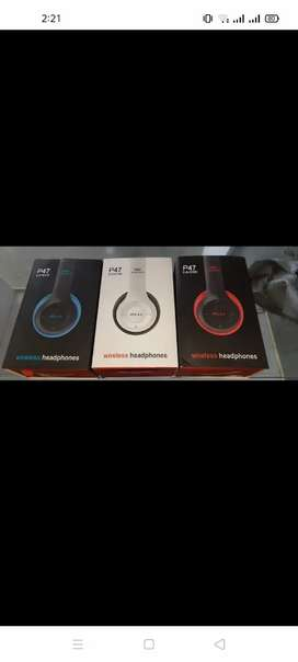 Bluetooth headphones p47