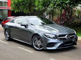 Mercedes Benz E300 Coupe / AMG / 2018 / Very Low KM & Like NEW
