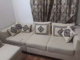 6 seater sofa only 1 month use