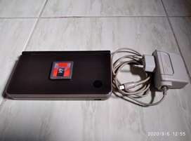 Nintendo NDSi XL 4GB