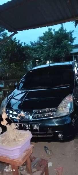 Nissan livina xr automatic