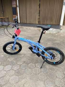 Sepeda lipat Excotic 300