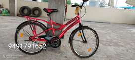 Milton bicycle with good tyres n condition