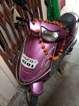 Mahindra scooty