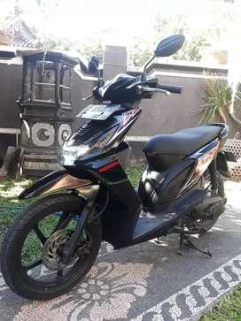 Bali dharma motor jual Honda beat cw tahun 2012
