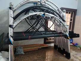 Steel cot available in wholesale prices