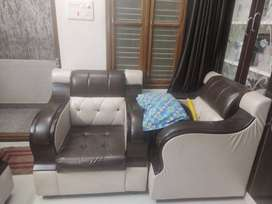 Assured Leather sofa with 5 seater