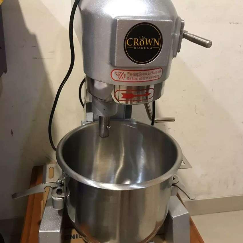 Mixer Merk Crown Planetary Mixer (Heavy Duty) (LIKE NEW) 0