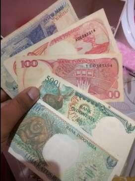 Uang jadul pecahan 100, 500 dan 1000