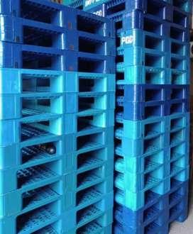 Pallet plastik lengkap murah kualitas terbaik ready baru/bekas.