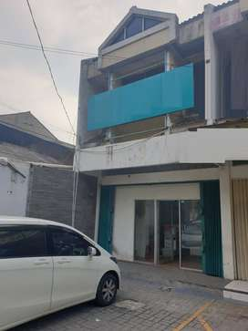 Ruko siap pakai luas 5x20 100m hadap jalan raya Pondok Kelapa Jakarta