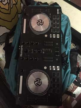 Numark controller in very good condition no paytm no phonrpay