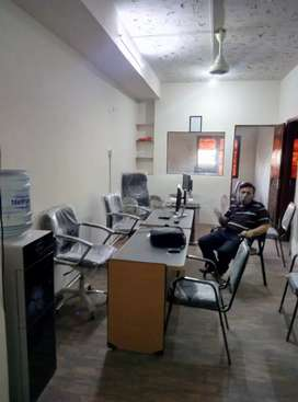 office available on rent