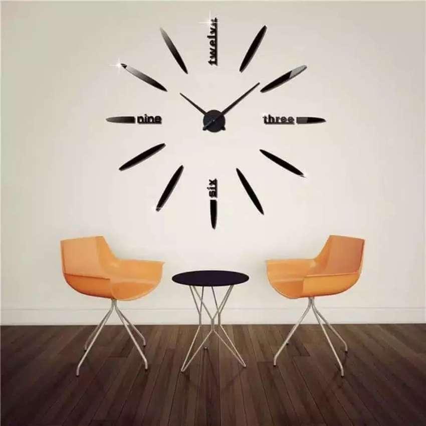 Jam Dinding Besar kombinasi huruf 0