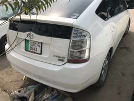 TOYOTA PRIUS GOOD CAR FOR FAMILY USE