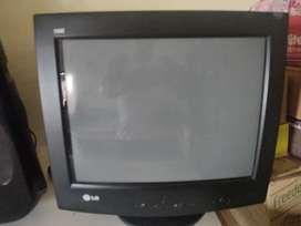 Lg 700e crt monitor just 700