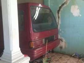 Jual mobil bekas.