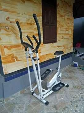 elliptical fc 800 sepeda statis ANYAR kami buka order GARRIS ANTAR