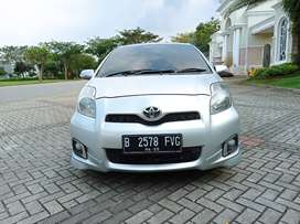 Toyota Yaris S Limited AT 2013 Silver