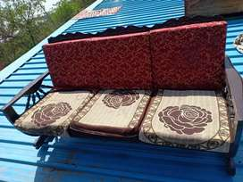 Sofa  +2 chair in good condition