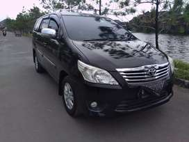Kijang Innova G AT 2012 hitam cash kredit