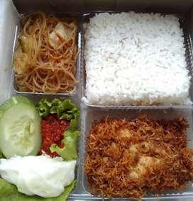 Aneka nasi kotak Dan nasi kuning halal free ongkir
