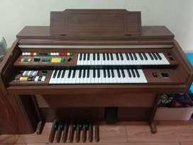 Piano yamaha kondisi mati jual murah aja