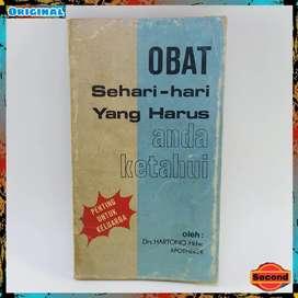 Buku Jadul Tahun 1980 Original By Drs.Hartono Hdw.   Obat Sehari Hari