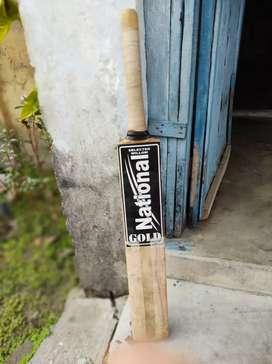 National gold bat