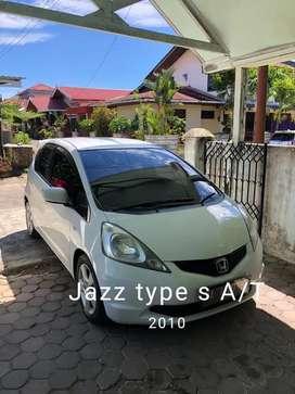 Honda Jazz type S putih