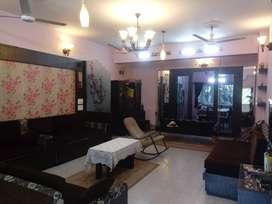 4BHK Furnished Apartment on Lord Sinha Road, Rabindra Sadan, Kolkata
