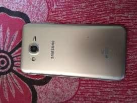 Well condition samsung j7