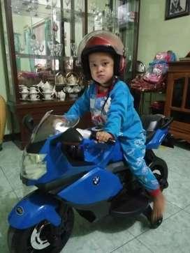 Motor akik bmw  anak