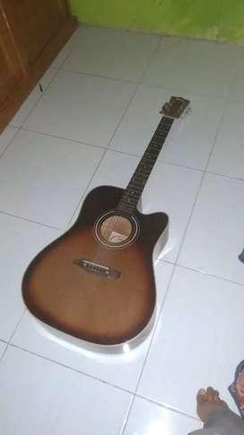 Dijual Gitar Akustik Yamaha