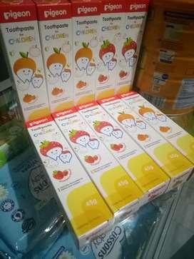 PIGEON TOOTHPASTE FOR CHILDREN 45g (ORANGE & STRAWBERRY)