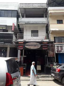 Building for sale at karukapilly,kaloor
