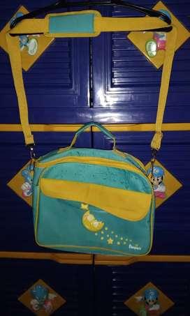 Tas perlengkapan bayi bahan canvas ada busa pelindung